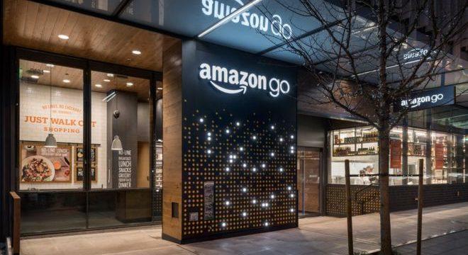 Así será la primera tienda de comida de Amazon en la que no necesitarás dinero o pasar por caja para llevarte los productos.